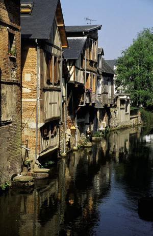 Restaurant le dattier et les alentours - Le royal pont audemer ...